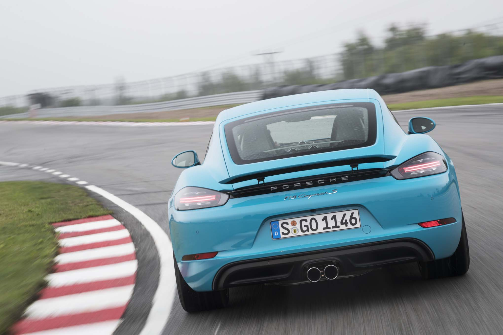 2017 Porsche 718 Cayman S rear end in motion